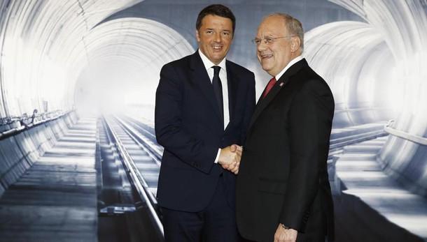 Merkel, Renzi e Hollande al Gottardo