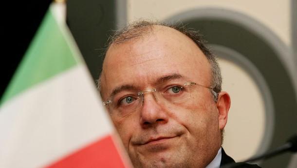 Vilipendio Napolitano: Storace assolto