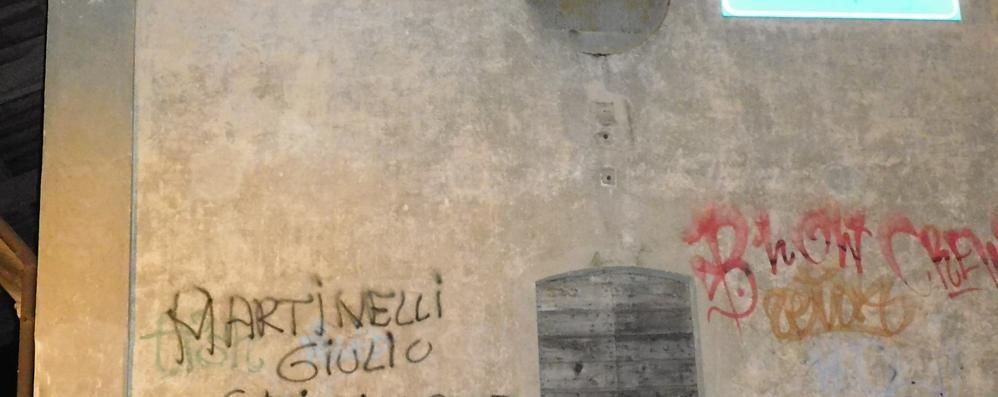 Una nuova scritta contro Martinelli  Indagini in corso