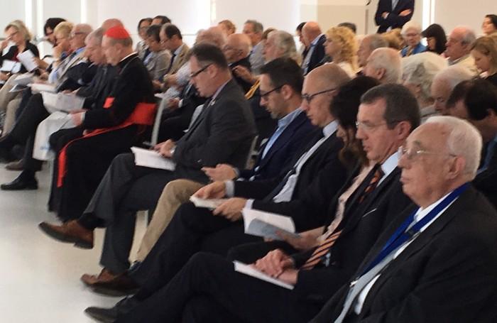 Tra il pubblico anche il sindaco Virginio Brivio e il presidente della Camera di commercio Daniele Riva