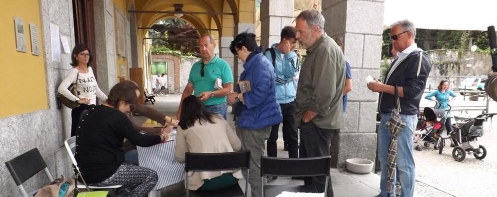 «Ospedale Chiavenna, servizi dimezzati»