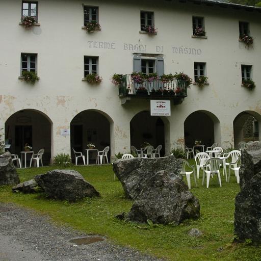 Bagni Masino, un piano per riaprirli - Cronaca Chiesa in Valmalenco