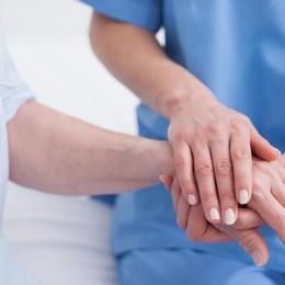 Il delicato filo che unisce malato e medico