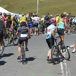 Assalto allo Stelvio, più di undicimila in sella alla bici