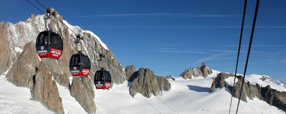 Monte Bianco, funivia riparata Tutti salvi i passeggeri