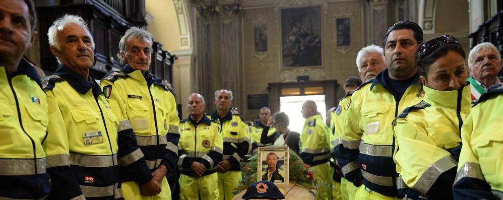 Chiesa gremita per l'addio a Pilatti  «Ci hai reso grandi»