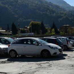 Morbegno, nuovo piano del traffico  «Priorità parcheggi e via Damiani»