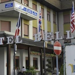 Controlli al Bellevue, quattro profughi  nei guai per droga