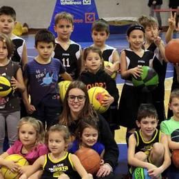 Mini basket, la carica dei giovani atleti