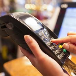 """2018 """"amico"""" dei consumatori  Tutele della Ue su viaggi e bancomat"""