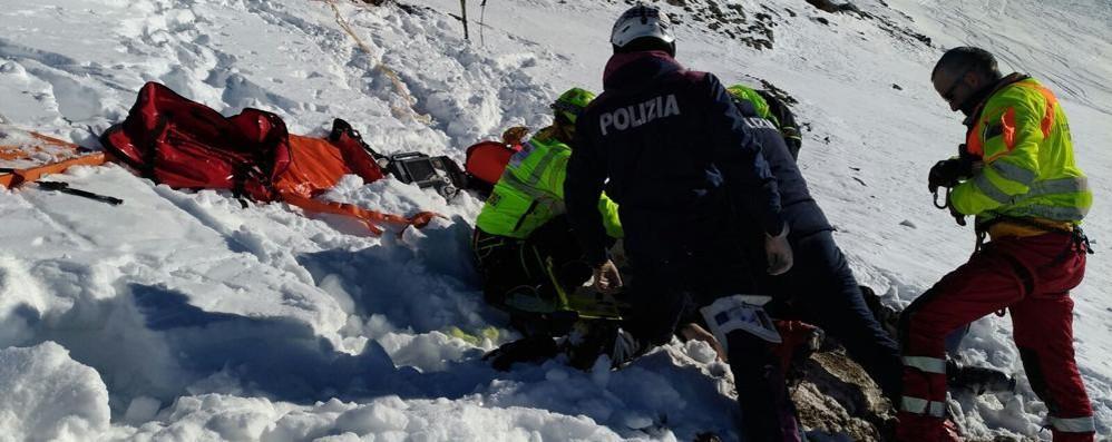 Bormio, incidente sulle piste   Muore a 44 anni contro le rocce