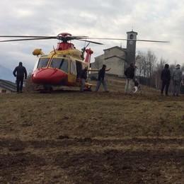 Anziano precipitato a Civo: le condizioni rimangono gravi