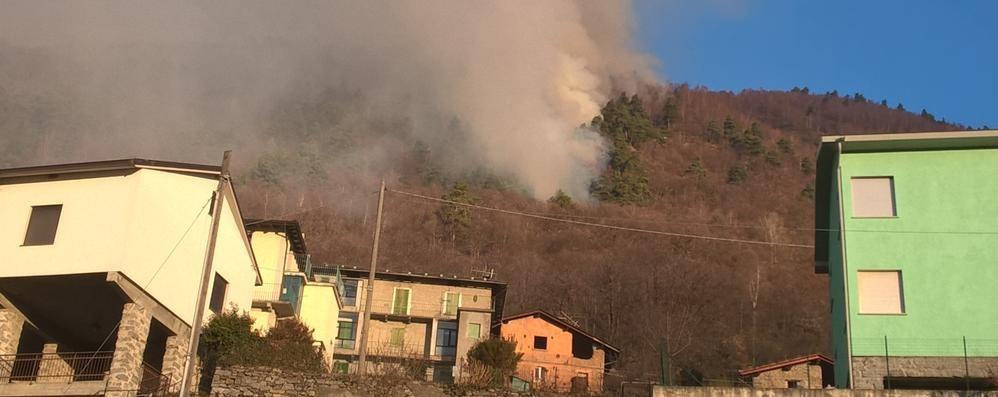 L'incendio sopra Caspano  «È un sorvegliato speciale»