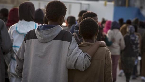 Sì Senato a norme tutela minori migranti