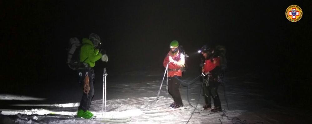 Non raggiungono il rifugio  Alpinisti soccorsi nella notte