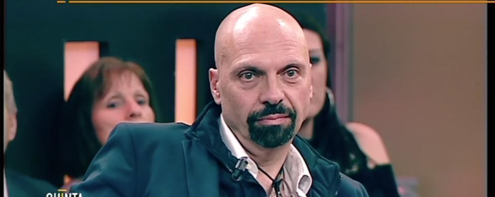 «Ha insultato Napoli»  De Magistris querela Bizzozero