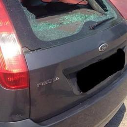 Ore di filmati e indagini sul campo  Denunciati i due vandali del parcheggio