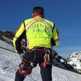 Scivolata fatale: muore escursionista  All'alba recuperato il corpo in un dirupo