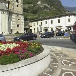 Piazza Basilica senza auto, firme on line  Il sindaco: «Si può provare nel weekend»