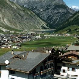 Notte brava a Livigno, sette turisti denunciati per furto e danneggiamenti