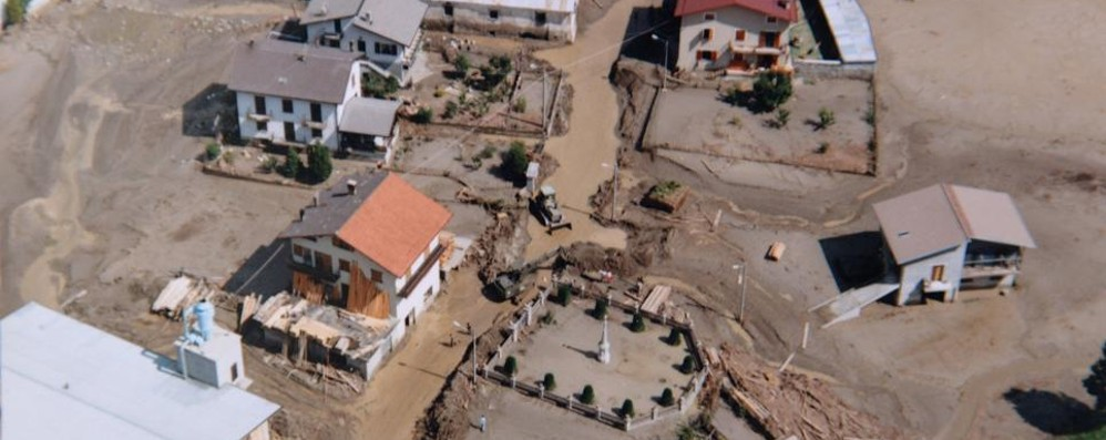 Alluvione, uno speciale sul trentennale in edicola oggi con il giornale