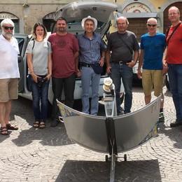 Patata cotta con l'energia solare  La prova in piazza a Chiavenna