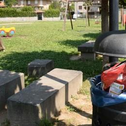 Parchi gioco degradati, sindaco di Traona minaccia: «Valuto di chiuderli»
