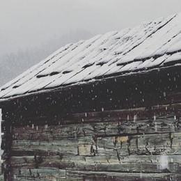 Risveglio con la neve sabato mattina, allo Stelvio 30 centimetri e le piste si rianimano