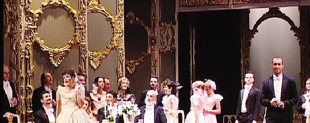 """Opera di tutti e per tutti: La Traviata """"emiliana"""" in scena  a Sondrio all'ora del tè"""