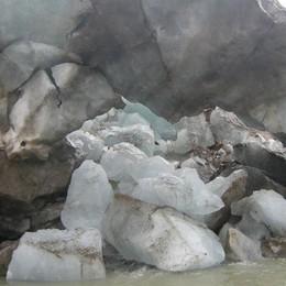 """Ghiacciai, tra crolli e """"caverne"""" siamo vicini al collasso"""