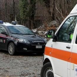 Valchiavenna, muore tagliando legna a San Cassiano