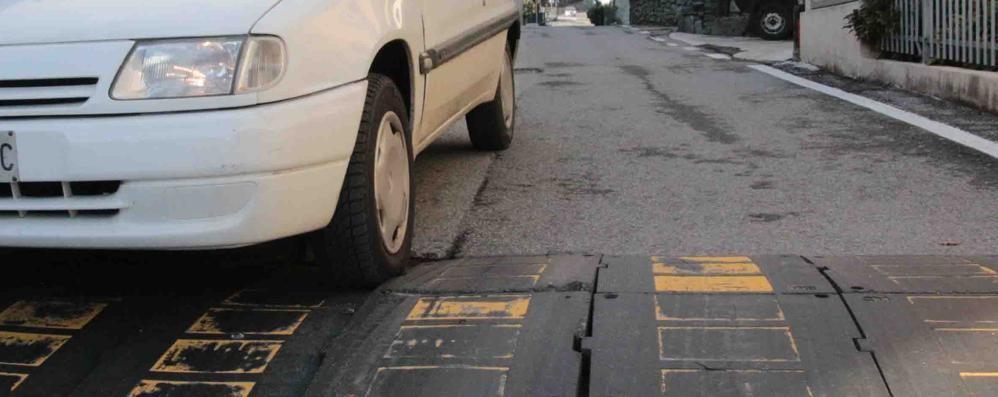 Auto a velocità folle a Mossini  Interviene il prefetto: «Controlli e dossi»