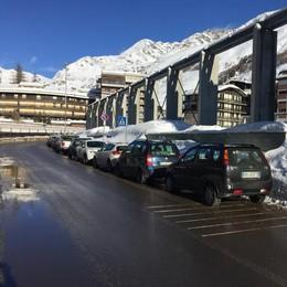 La neve c'è, mancano però i parcheggi  In Valle Spluga si cercano soluzioni