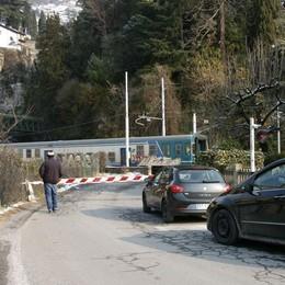 Passaggio a livello, l'addio è più vicino  Ma servono quattro milioni di euro