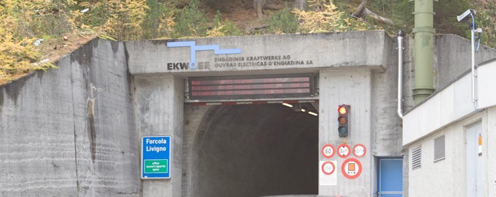 Passo del Gallo a Livigno, apertura solo parziale per la galleria della Svizzera