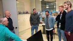 Calcio in serie D, giocatori del Sondrio in visita alla redazione
