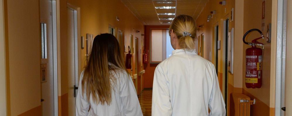 «Morbegno, sanità carente: si lascia spazio ai privati»