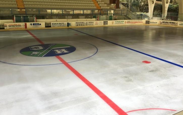 Il ghiaccio è pronto, si inizia a pattinare a Chiavenna