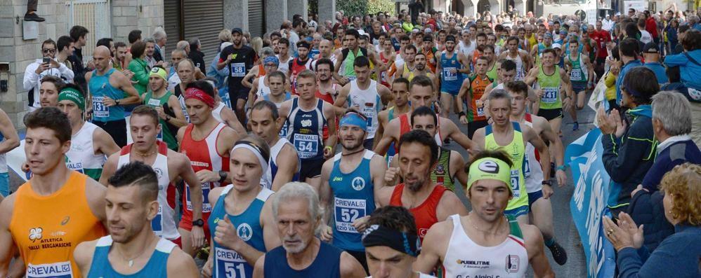Per le vie di Morbegno tira aria di Trofeo Vanoni: un premio ai più fedeli