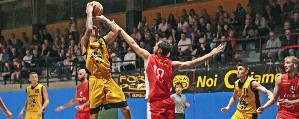 Basket serie C Silver, Pezzini sconfitta per un punto