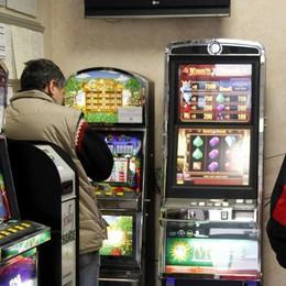 «Azzardo, 700 i giocatori patologici»