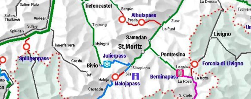 Chiusa la strada per Sankt Moritz   Frontalieri al lavoro in elicottero