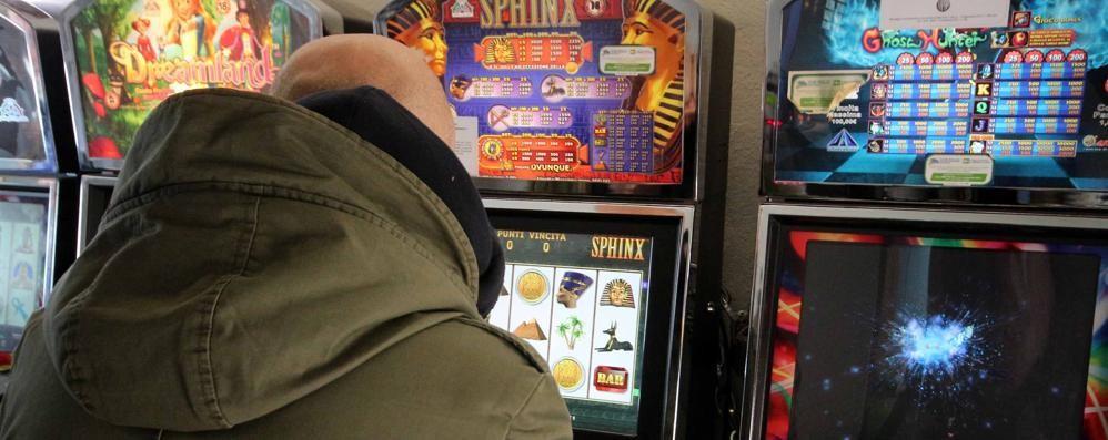 Lotta al gioco d'azzardo  Norme più rigide in città