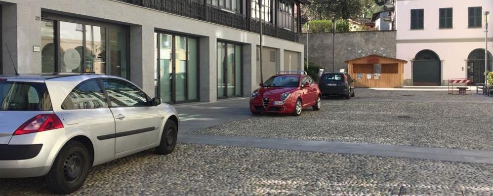 """Sosta selvaggia, arriva il """"varco"""" in piazza Cavour"""