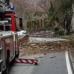Valmasino, nuovi lavori dopo la frana  Senso unico e disagi sulla provinciale