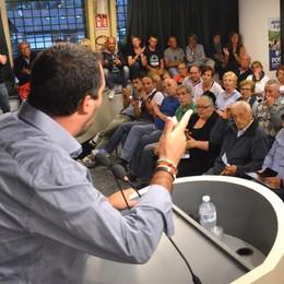 Salvini torna a Roma, ma per ora l'incontro a Sondrio è confermato