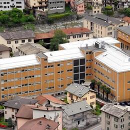 «Il punto nascita di Chiavenna, standard difficili da garantire»