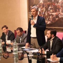 Sondrio, il nuovo sindaco subito al lavoro  Priorità: dialogo