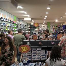Saldi, Morbegno sorride: negozi del centro affollati. «Un inizio incoraggiante»