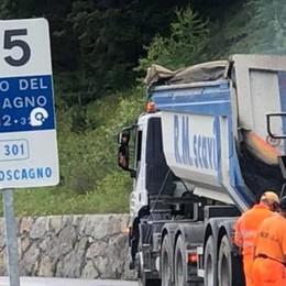 """Campeggio selvaggio, Livigno dichiara guerra alle tende """"dove capita"""""""